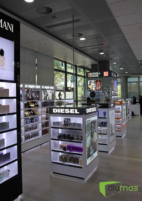 L´Oreal_Headquarters Shop_005