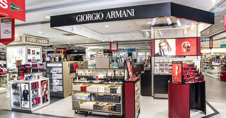 Stands Giorgio ARmani