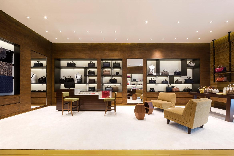 Design_retail_Loewe