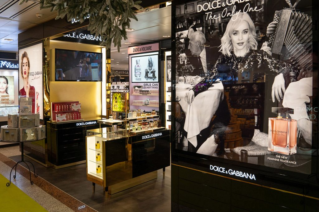 Stand comercial Dolce & Gabanna